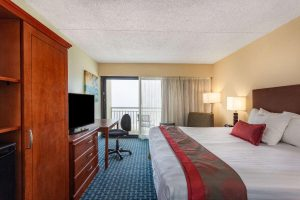 ramada-plaza-by-wyndham 2