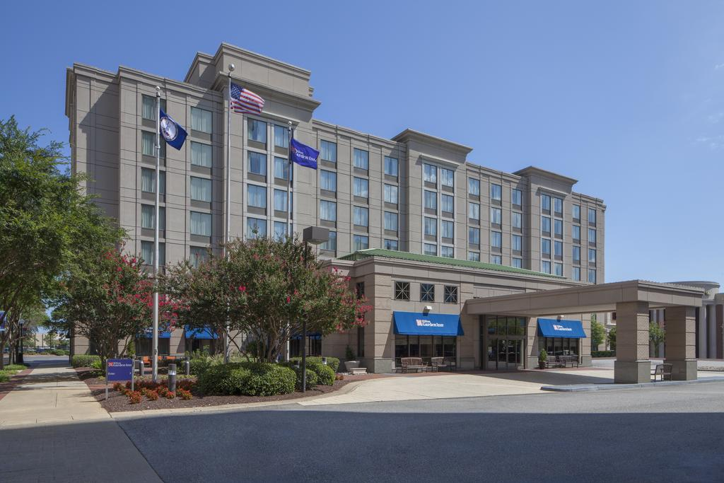 Hilton Garden Inn Virginia Beach Towncenter